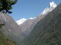 Trekkingruta innover mot Annapurna/Dag Norling