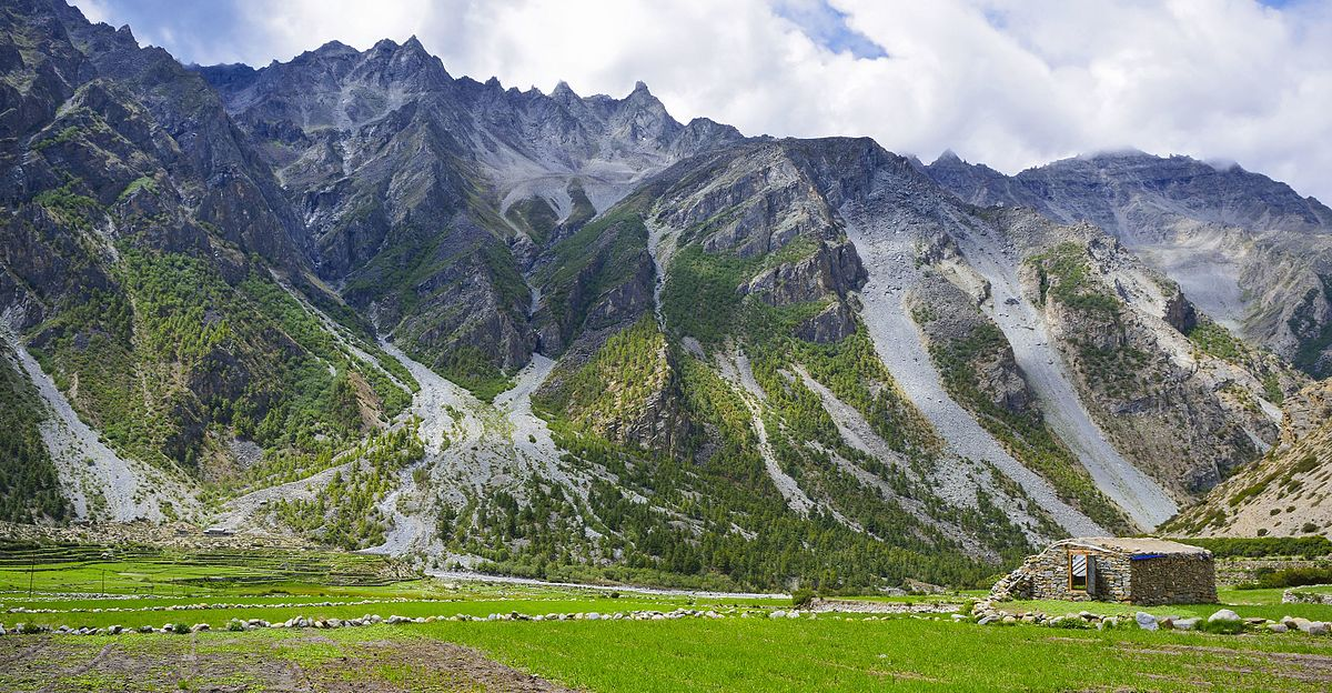 Natural_Landscape_at_Limi_Valley